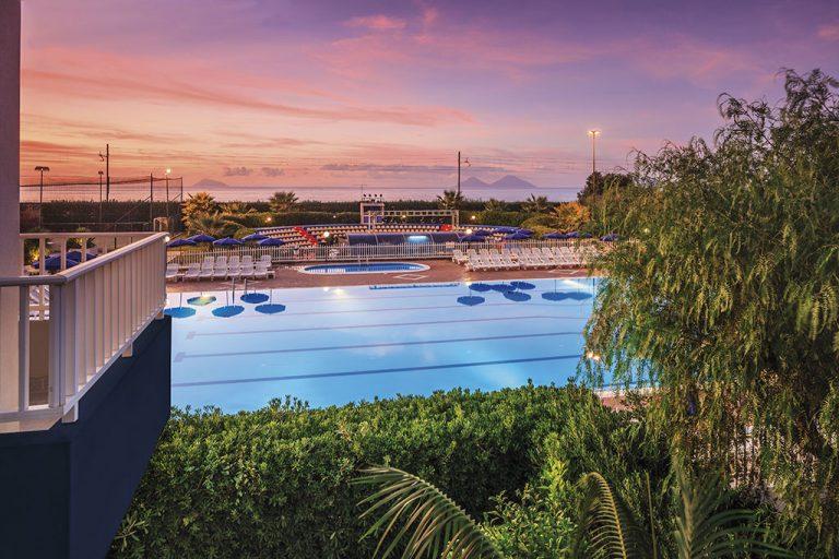 hotel-riviera-del-sole-piscina-003